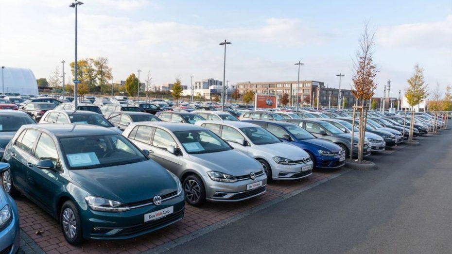 منظمة حماية المستهلك تطالب البرلمان بالتدخل في ملف استيراد السيارات