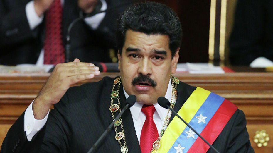 نيكولا مادورو: بوتفليقة كان وسيط سلام في أفريقيا