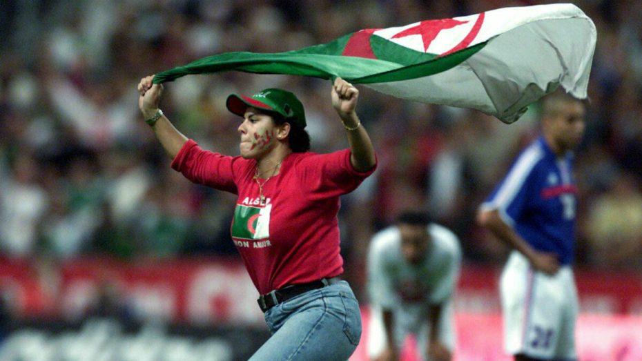 الجزائر تُواجه فرنسا وديا في باريس