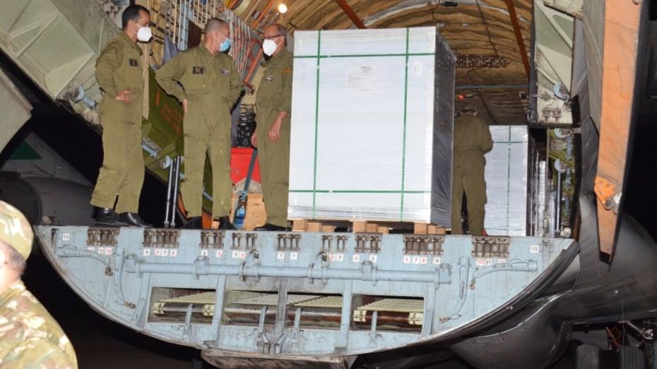 وصول 3 ملايين جرعة لقاح من الصين على متن طائرة عسكرية