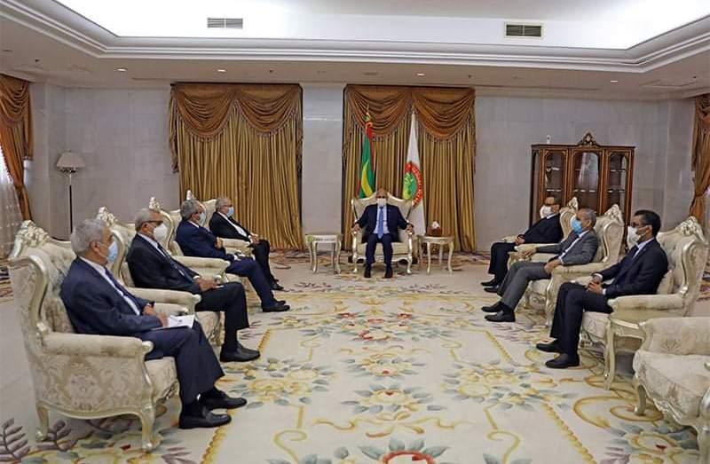وزير الخارجية رمطان لعمامرة يلتقي بالرئيس الموريتاني