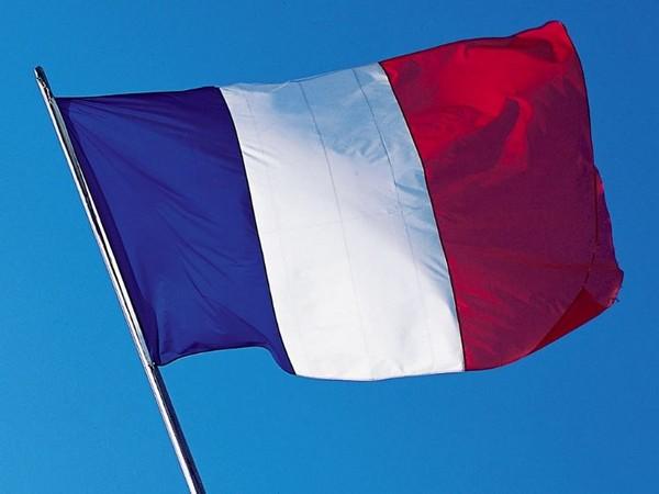 وزير خارجية فرنسا يعلق على أزمة الغواصات.. ما حدث كذب