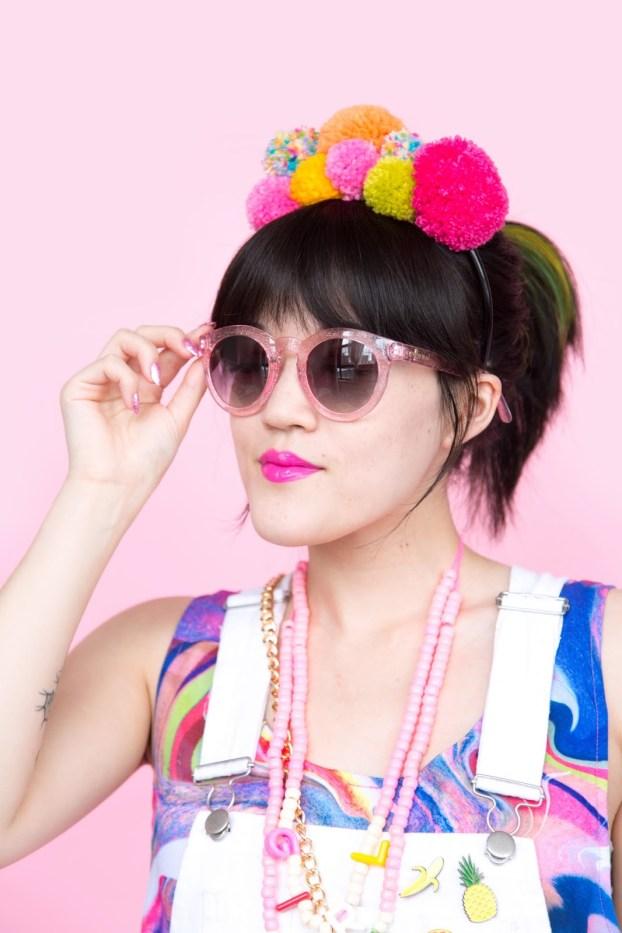 Pom pom crafts, diy pom pom headband
