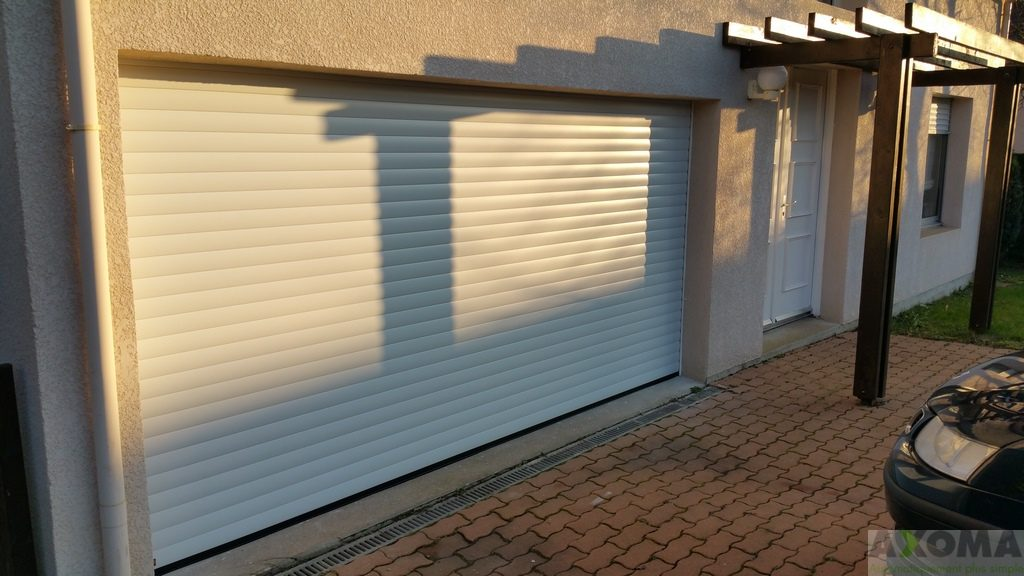 Porte enroulable hormann rollmatic for Porte de garage enroulable hormann prix