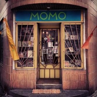 Momo arts and crafts shop