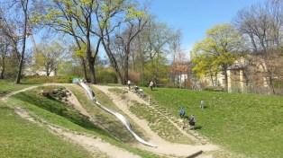 Sacre Coeur_park_big_slide_for_kids