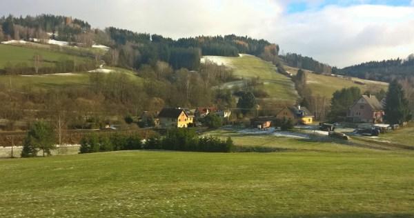 winter_landscape_greenhills_starapaka_bohemiahills