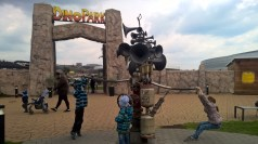 DinoParkHarfa_giantmusicalinstrument_Praguewithkids