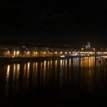 Prague-atnight-riverbank