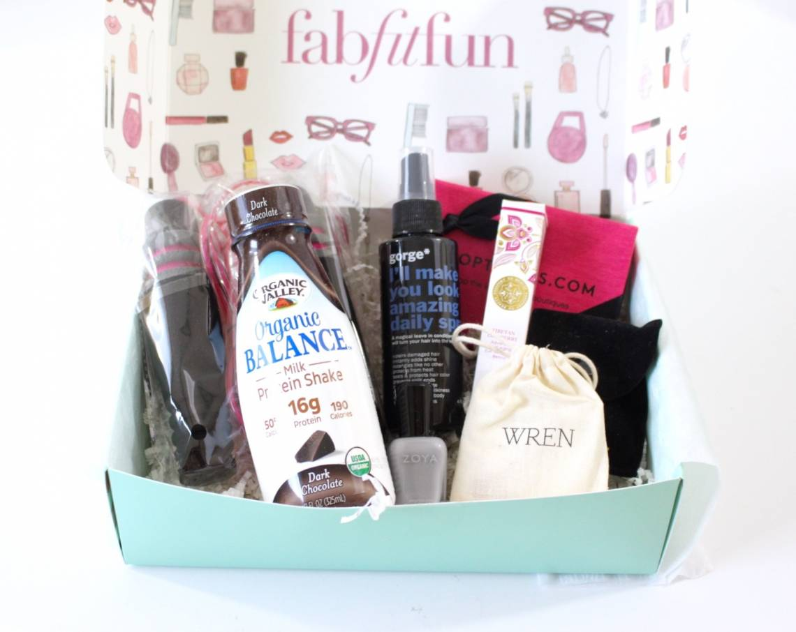 FabFitFun Welcome Box 2016 7