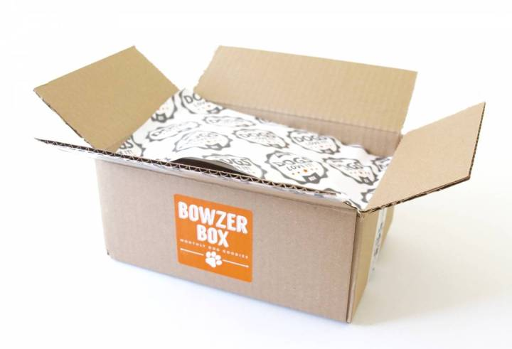 bowzer-box-review-september-2016-1