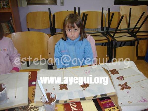 Ludoteca_2015-Taller_de_chocolate-Galerias-Ayuntamiento-de-Ayegui (22)
