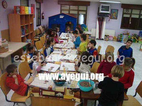 Ludoteca_2015-Taller_de_chocolate-Galerias-Ayuntamiento-de-Ayegui (33)