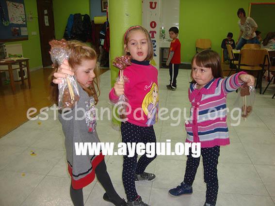 Ludoteca_2015-Taller_de_chocolate-Galerias-Ayuntamiento-de-Ayegui (42)