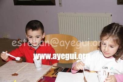 Ludoteca_2015-Taller_de_chocolate-Galerias-Ayuntamiento-de-Ayegui (59)
