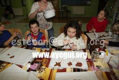 Ludoteca_2015-Taller_de_chocolate-Galerias-Ayuntamiento-de-Ayegui (69)
