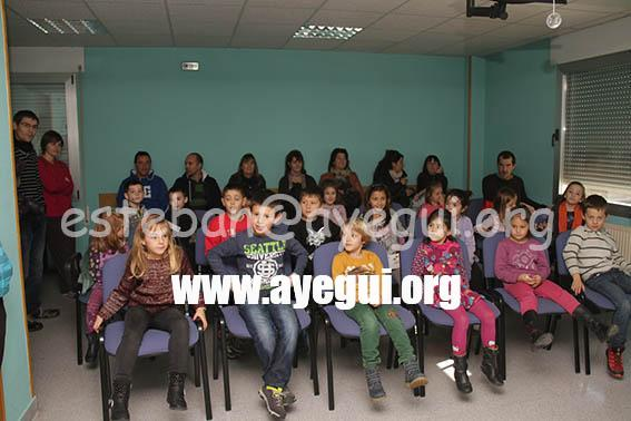 Ludoteca_2015-Visita_al_parque_de_bomberos-Galerias-Ayuntamiento-de-Ayegui (1)