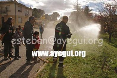 Ludoteca_2015-Visita_al_parque_de_bomberos-Galerias-Ayuntamiento-de-Ayegui (14)