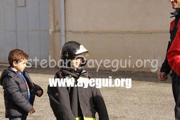 Ludoteca_2015-Visita_al_parque_de_bomberos-Galerias-Ayuntamiento-de-Ayegui (22)