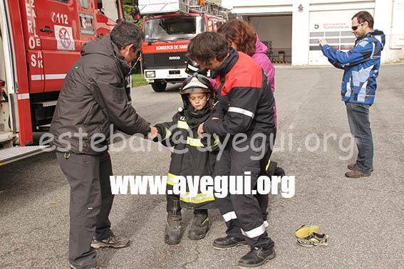 Ludoteca_2015-Visita_al_parque_de_bomberos-Galerias-Ayuntamiento-de-Ayegui (34)