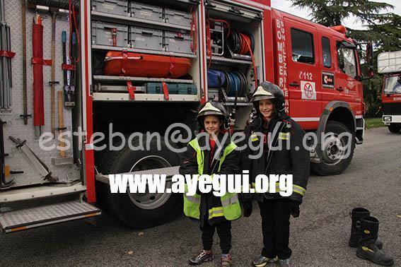 Ludoteca_2015-Visita_al_parque_de_bomberos-Galerias-Ayuntamiento-de-Ayegui (53)