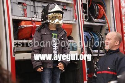 Ludoteca_2015-Visita_al_parque_de_bomberos-Galerias-Ayuntamiento-de-Ayegui (60)