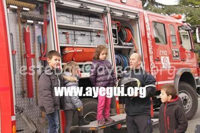Ludoteca_2015-Visita_al_parque_de_bomberos-Galerias-Ayuntamiento-de-Ayegui (62)