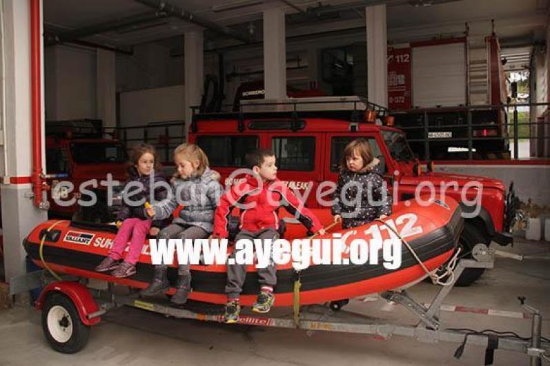 Ludoteca_2015-Visita_al_parque_de_bomberos-Galerias-Ayuntamiento-de-Ayegui (67)