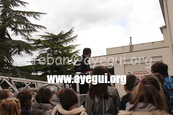 Ludoteca_2015-Visita_al_parque_de_bomberos-Galerias-Ayuntamiento-de-Ayegui (75)