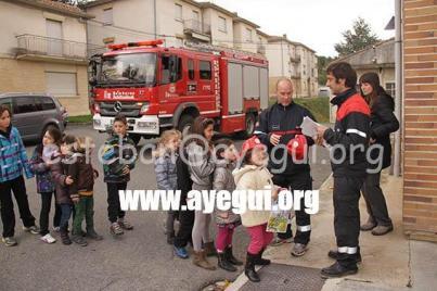 Ludoteca_2015-Visita_al_parque_de_bomberos-Galerias-Ayuntamiento-de-Ayegui (92)