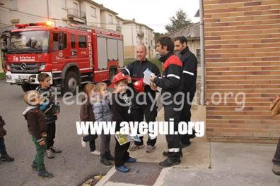 Ludoteca_2015-Visita_al_parque_de_bomberos-Galerias-Ayuntamiento-de-Ayegui (93)