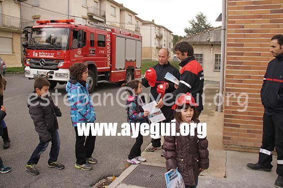 Ludoteca_2015-Visita_al_parque_de_bomberos-Galerias-Ayuntamiento-de-Ayegui (98)