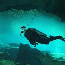 Meksika mağara dalışı