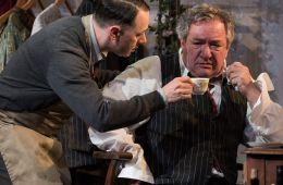 Reece Shearsmith and Ken Stott in The Dresser Credit Hugo Glendinning