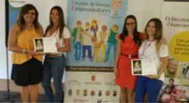 Soraya Brito con Jóvenes Emprendedores