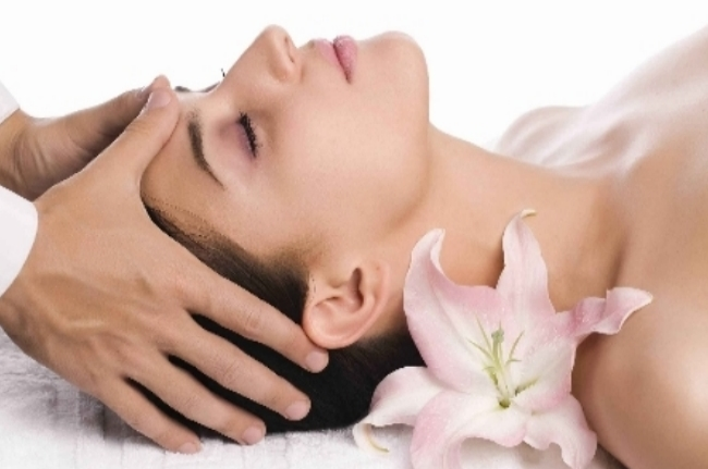 Hot Oil Massage For Hair Loss