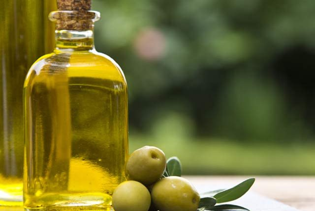 Hot Olive Oil Massage And Wrap