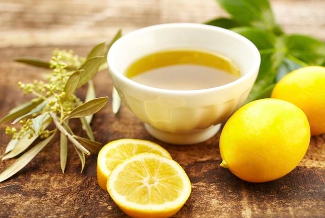 Olive Oil With Lemon juice