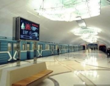 Bakı metrosunda nəzarətçi xanımlar ixtisara düşdü
