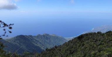 Één van de weinige uitzichtjes op weg naar de top van Pico Turquino.
