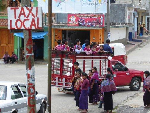 Eh de taxi local. San Lorenzo Zinacantán