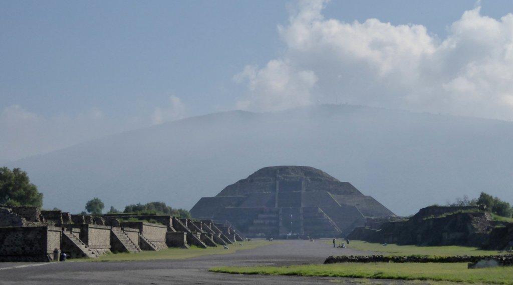 De piramide van de maan. Teotihuacán