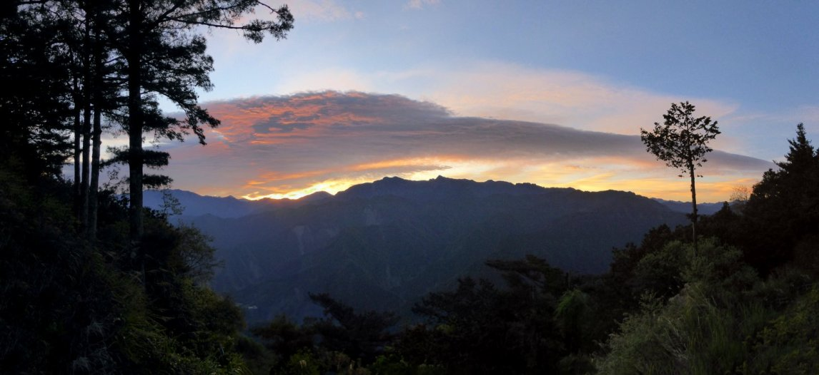 Zozo zonsopgang. Alishan NP