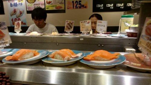 Kaiten sushi! Tokio, Japan