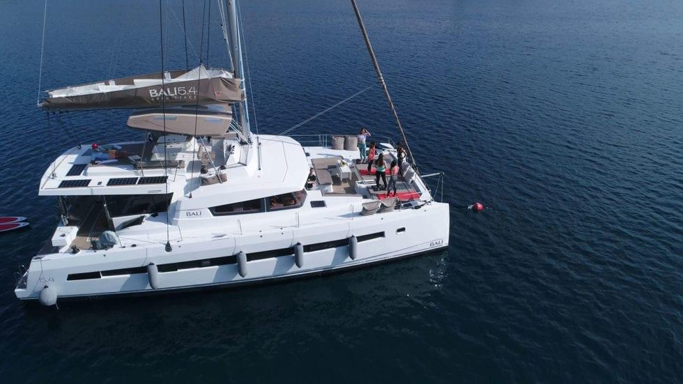 Catamarano BALI 5.4