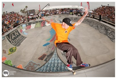 Riley Stevens Smith Grinds Over The Spine Photo: Brandon Wong