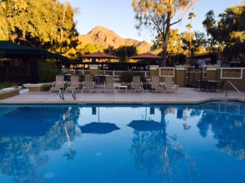 Tocasierra Spa at Pointe Hilton Squaw Peak Resort - Spa Pool