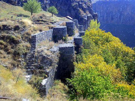 Բջնիի_ամրոցը