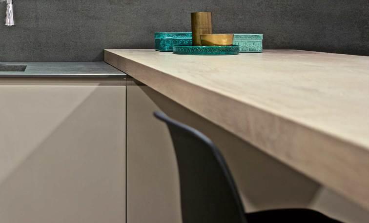 Nuevas ideas para la encimera de la cocina azulejos pe a for Encimera gres porcelanico