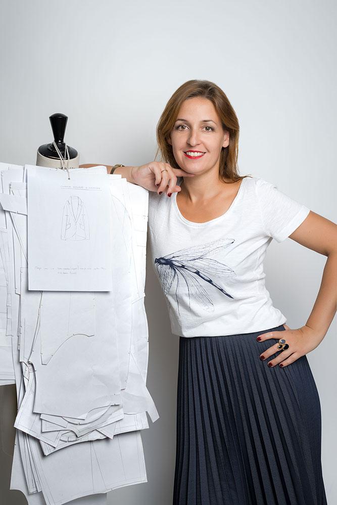 Carmen Cruz - Diseñadora creativa - Azul Marino Casi Negro - Moda sostenible